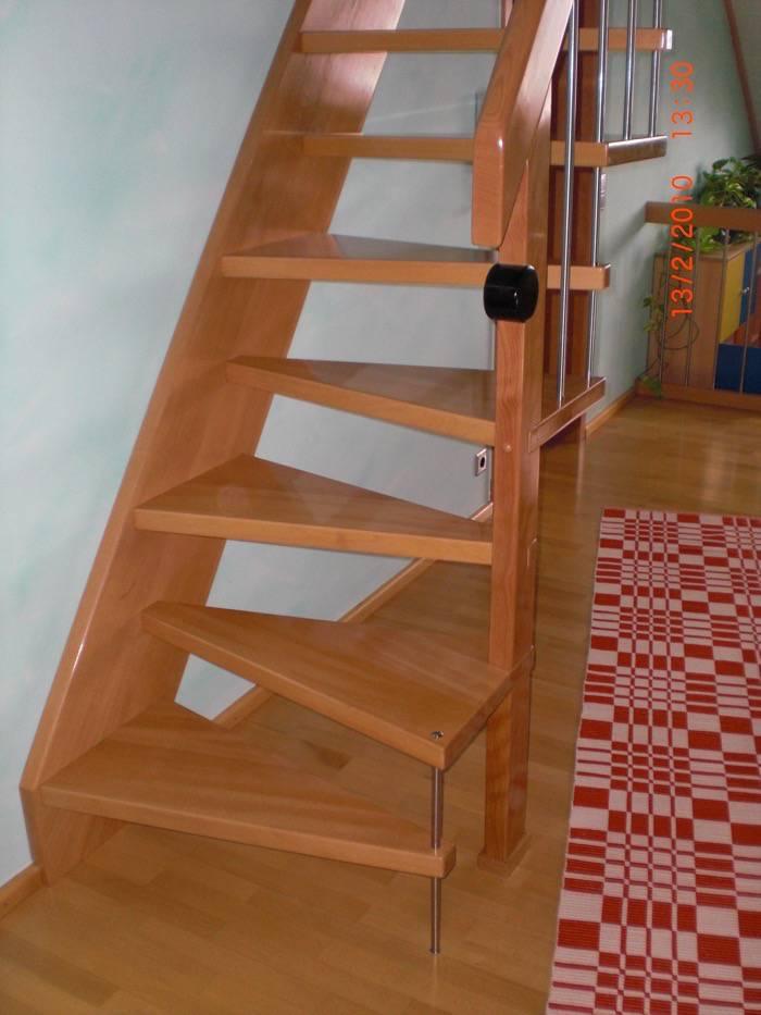 sambatreppe buche ged mpft gel nder mit. Black Bedroom Furniture Sets. Home Design Ideas