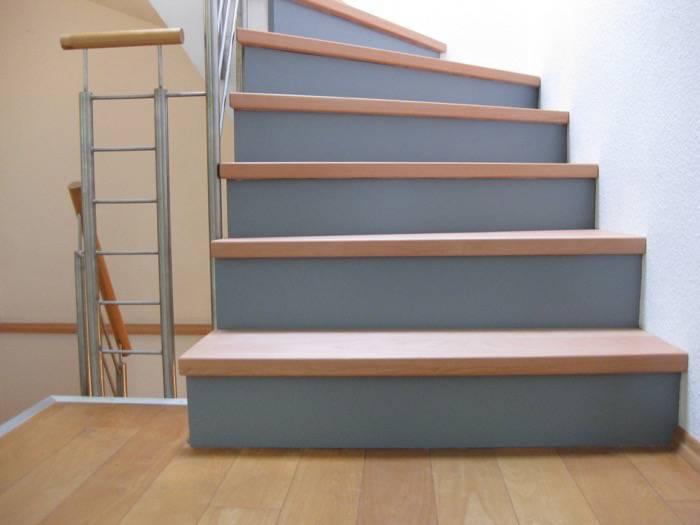 5 stufen auf betontreppe halb gewendelt buchestufen sto grau lack gel nder edelstahl. Black Bedroom Furniture Sets. Home Design Ideas