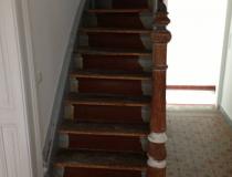 Treppenrestaurierung – Stufen Buche gedämpft – halb-gewendelt