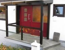 Glasdach mit Holzkonstruktion – Brüstung mit Glas